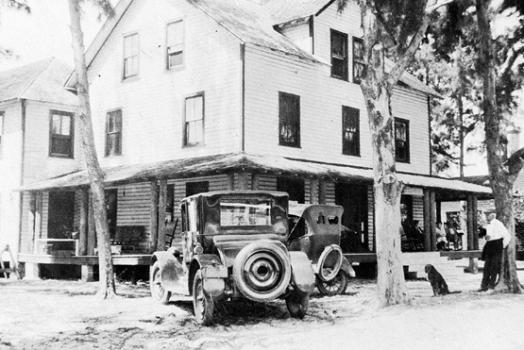 52 Deerfield Moments: #25 – Landmark Hotel Burns